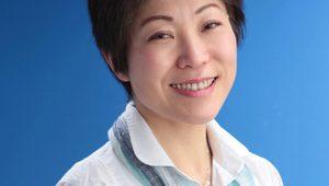 ▲へそヒーリングで地域住民の体と心の健康を守る藤定明美さん